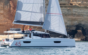 Fountaine Pajot Elba 45 Golden Sun with AC and generator